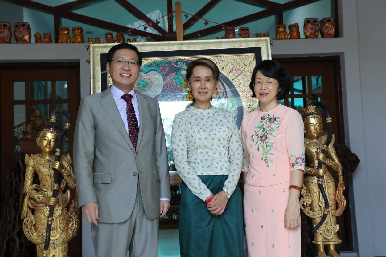 တရုတ်သံအမတ် အပြောင်းအလဲအလွန် တရုတ်မြန်မာဆက်ဆံရေး လူ၊ မူနှင့် အီလစ်-ပြည်သူသဘောထားအဟ
